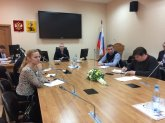 По инициативе депутатов Ирины Чирковой и Олега Черненко в Гордуме обсудили качество автобусных перевозок в Архангельске